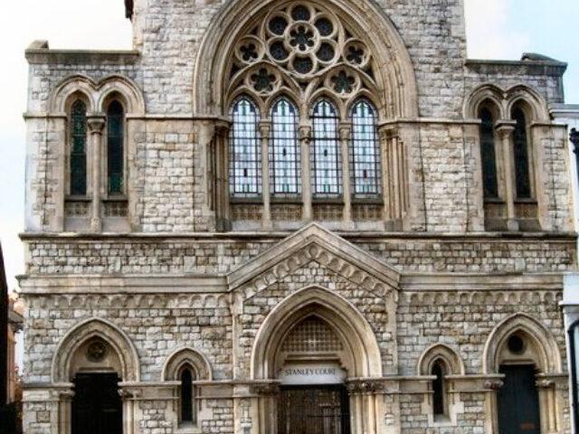 stanley-court
